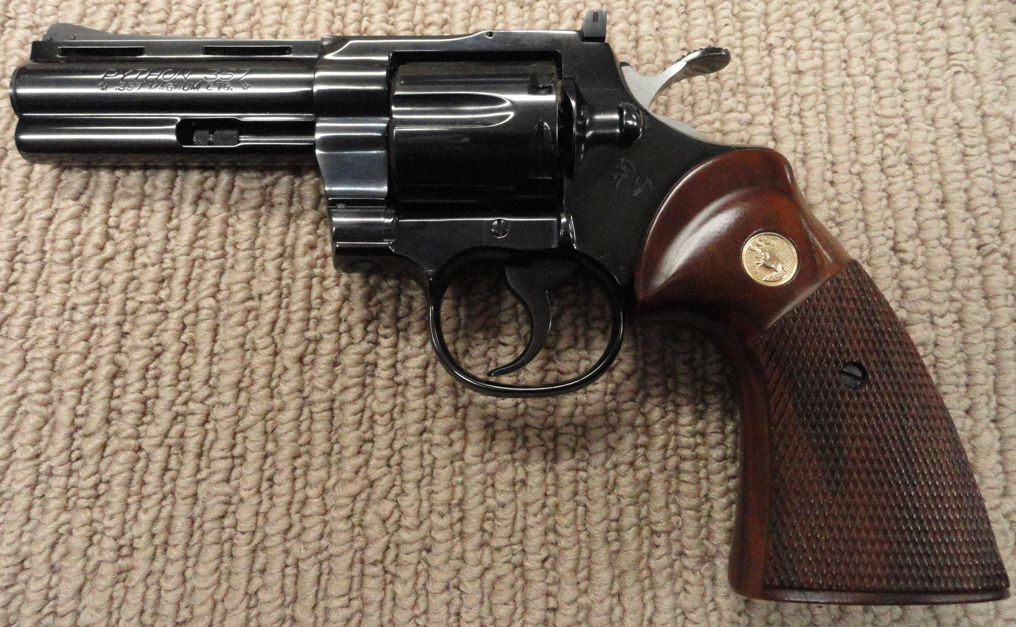 "Colt Python 357 Blue 4"" with box Nice  Guns > Pistols > Colt Double Action Revolvers- Modern"