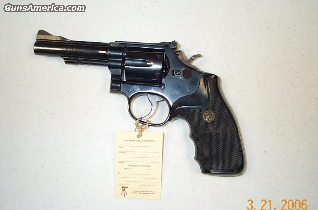15  Guns > Pistols > Smith & Wesson Revolvers