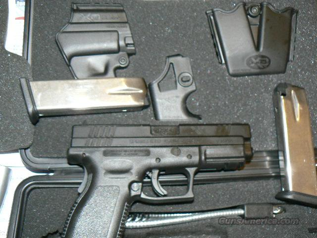 Springfield XD 40 Cal With Tactical Package   Guns > Pistols > Springfield Armory Pistols > XD (eXtreme Duty)