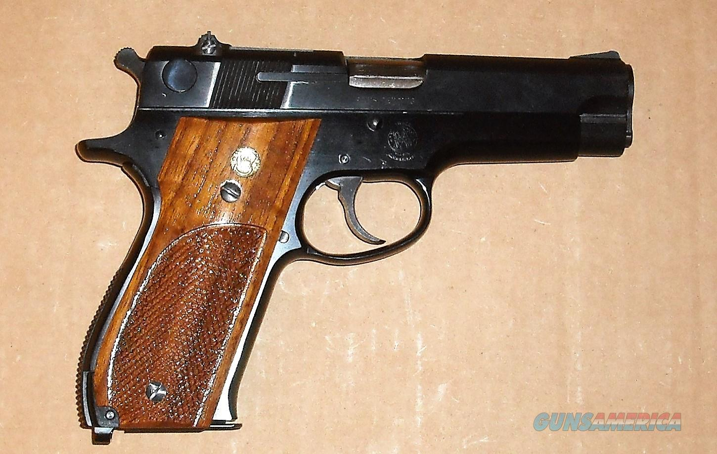 S&W 39-2 NEW IN BOX UNFIRED  Guns > Pistols > Smith & Wesson Pistols - Autos > Alloy Frame