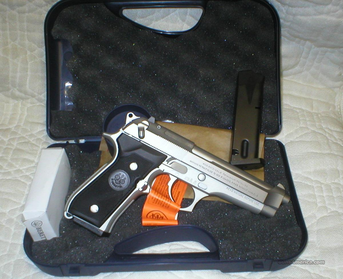 "Beretta Model 92FS ""Inox"" , Made in Italy  Guns > Pistols > Beretta Pistols > Model 92 Series"