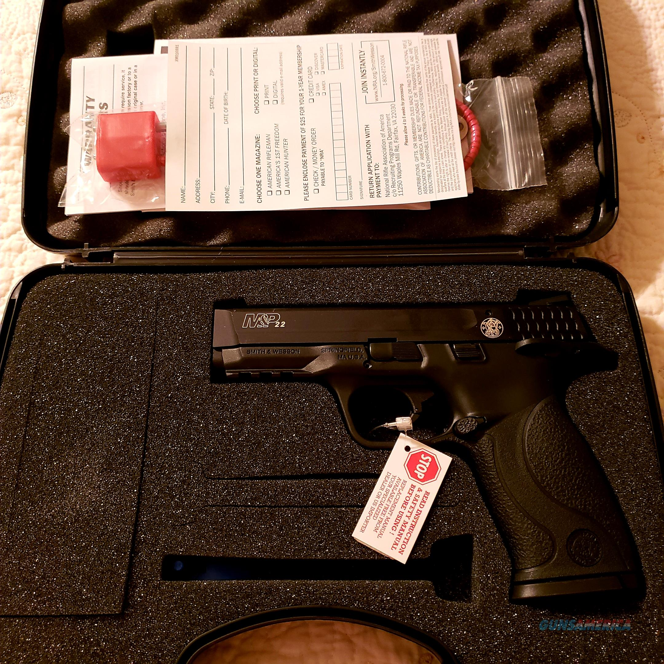 Smith & Wesson 222000 M&P 22 Pistol .22 LR 4.1in 12rd Black Brand New  Guns > Pistols > Smith & Wesson Pistols - Autos > .22 Autos