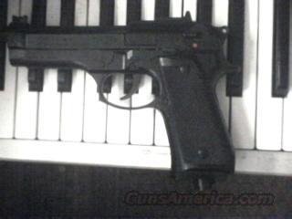 Rare Daisy Model 622 Co2 Berreta Pellett Pistol  Non-Guns > AirSoft > Pistols