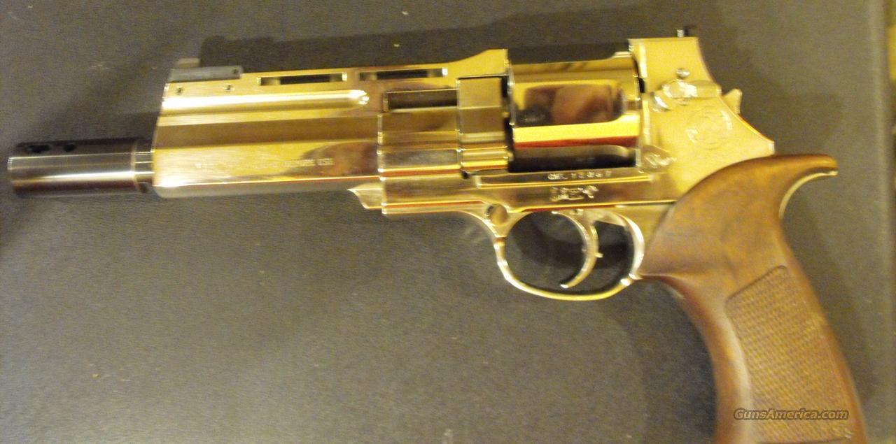 mateba unica 6 44 magnum auto revolver. Black Bedroom Furniture Sets. Home Design Ideas