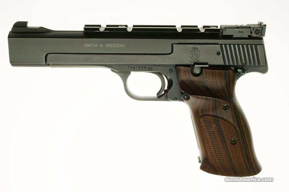 SMITH and WESSON M-41 .22  Guns > Pistols > Smith & Wesson Pistols - Autos > .22 Autos