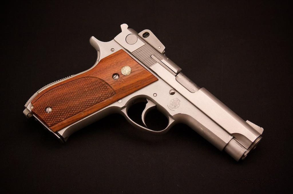 S&W 639 9mm - Beautiful!  Guns > Pistols > Smith & Wesson Pistols - Autos > Steel Frame