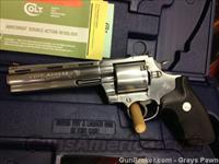 COLT  KODIAK W/ BOX AND PAPERS  Guns > Pistols > Colt Double Action Revolvers- Modern