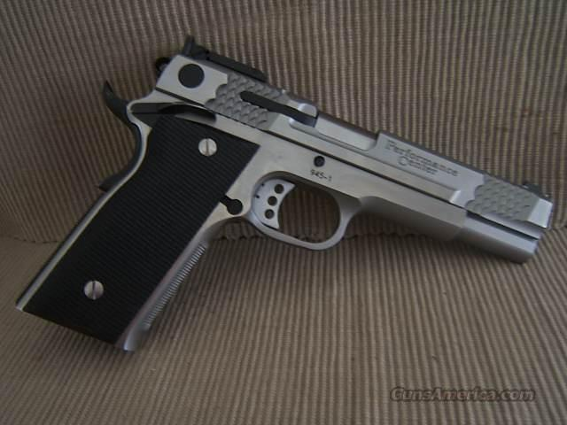 Smith and Wesson 945 Performance Center  Guns > Pistols > Smith & Wesson Pistols - Autos > Steel Frame