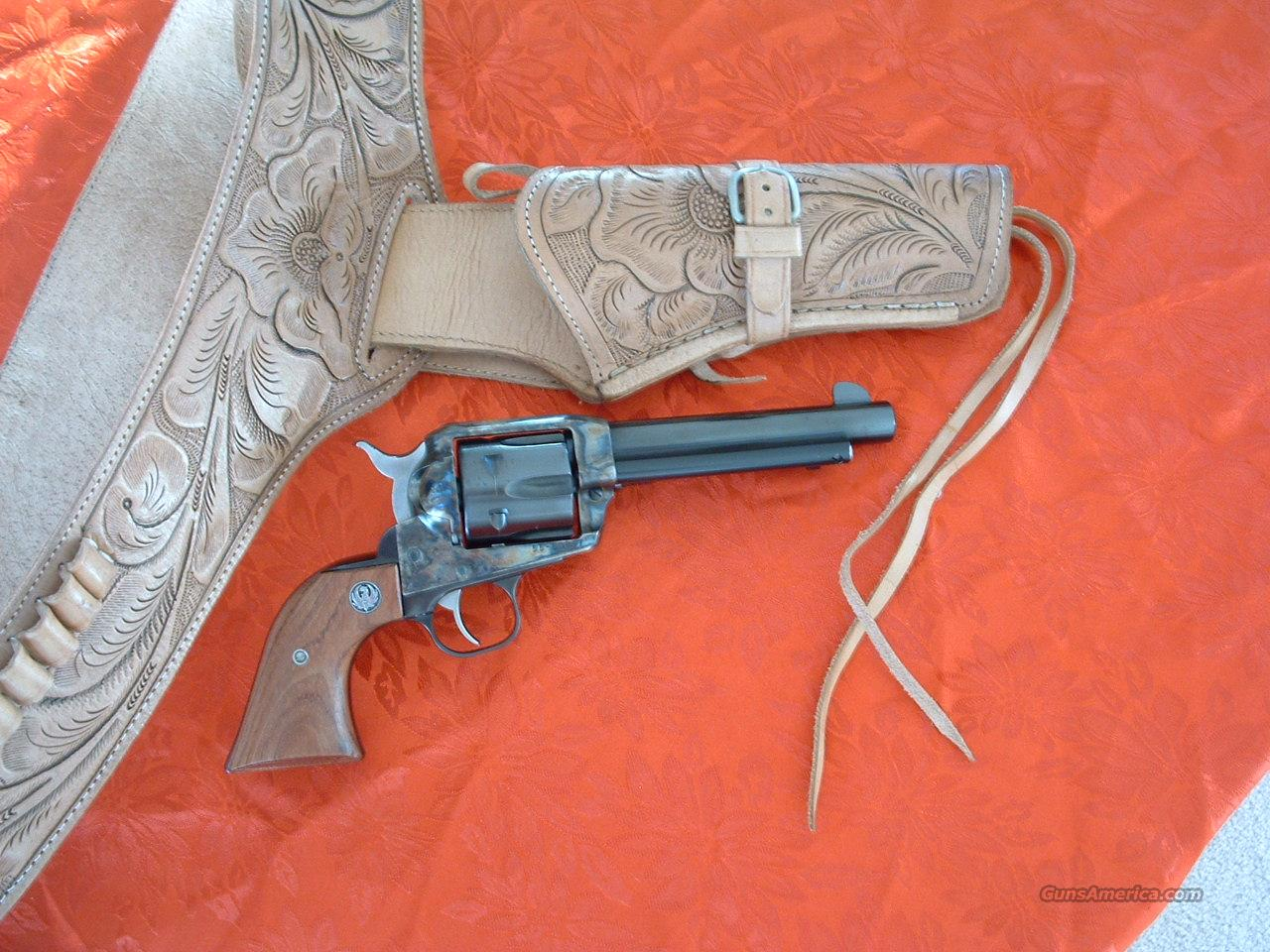 RUGER VAQUERO 44 MAGNUM SINGLE ACTION REVOLVER  Guns > Pistols > Ruger Single Action Revolvers > Cowboy Action